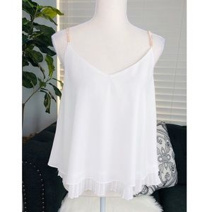 NWOT WHITE TOP WITH GOLD DIAMOND SHOULDER CHAIN